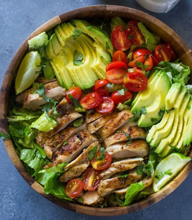 Chicken and Avocado Salad with Skinny Creamy Dressing Todays Dinnerhellip